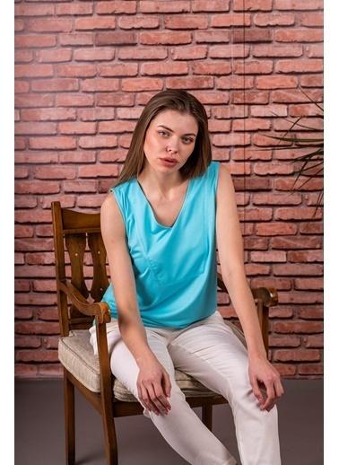 Stamina  Bayan V Yaka Kolsuz Bluz-5VS07 Turkuaz